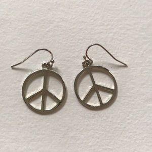Jewelry - Sterling silver Peace earrings